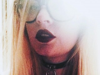 KateFox's profile picture